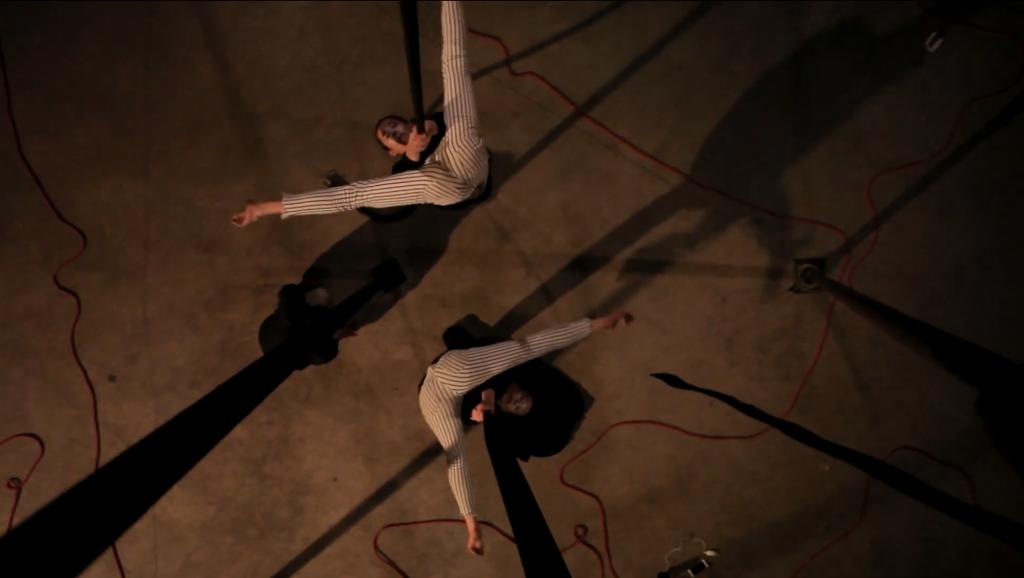 clip-teaser-photo-tripode-cirque